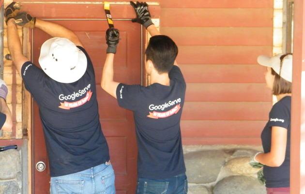 Volunteers help restore buildings at Audubon Starr Ranch