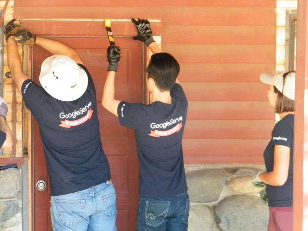 Volunteers help restore buildings at Audubon Starr Ranch